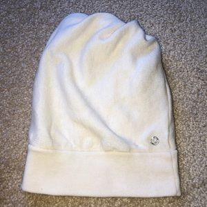 Lululemon running hat with hole for your ponytail
